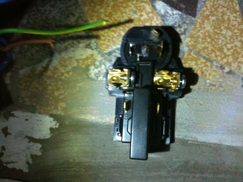 Demande d'aide branchement electrique sur refrigerateur Img_0113