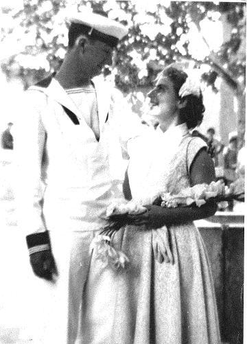 [Les traditions dans la Marine] Mariage en tenue - Page 2 Copie_14