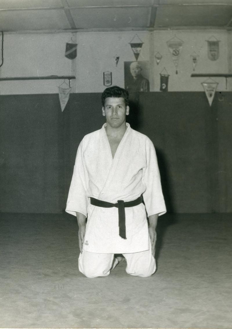 Mouzaoui Saadi (Akkar Aokas) champion de France 1975 en judo. Img70110