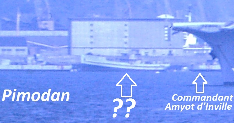 Identification de navires - Page 32 Adahli10