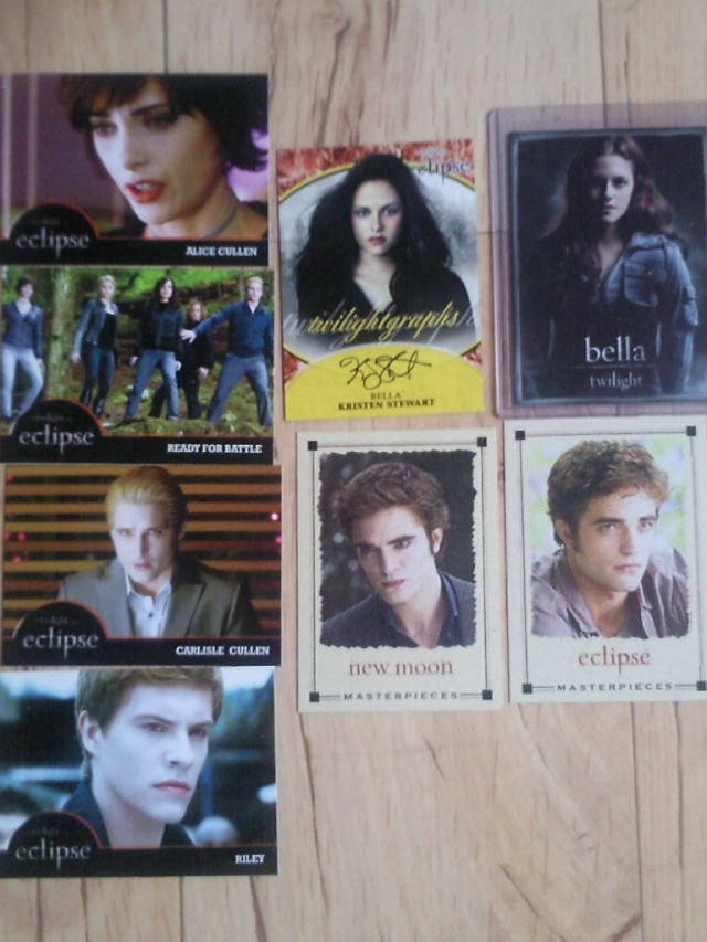 Twilight ECLIPSE Trading Card NECA - Page 13 Photo111