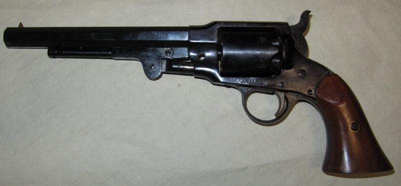 Quelques trouvailles (suite) Pistol10
