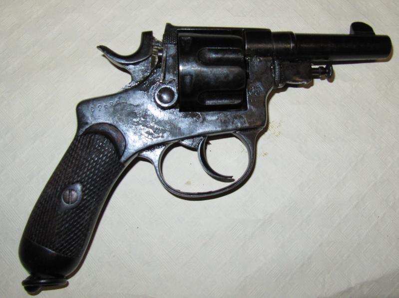 Quelques trouvailles (suite) Pistol17
