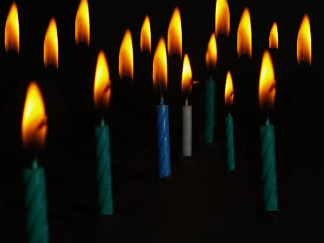 Forum Challenge - Thursday 9th Dec 2010 Candle11