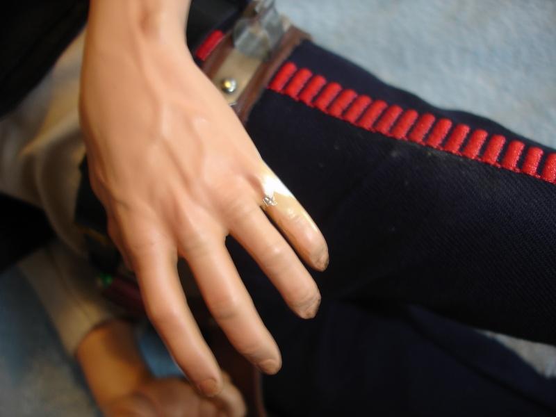 réparation d'une PF han-solo de chez sidehow. Dsc00960