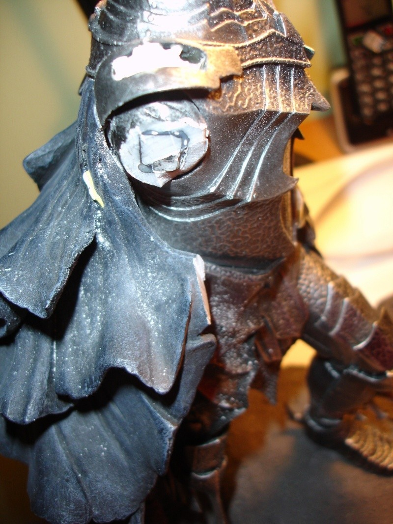 CUSTOM d'un diorama , Sauron VS the numenorean army  de chez sideshow. Dsc01019