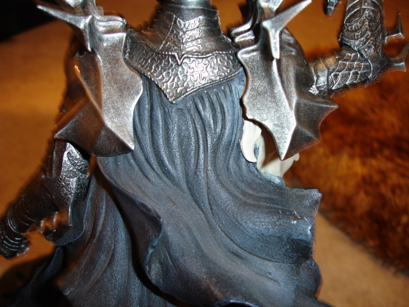 CUSTOM d'un diorama , Sauron VS the numenorean army  de chez sideshow. Dsc01132