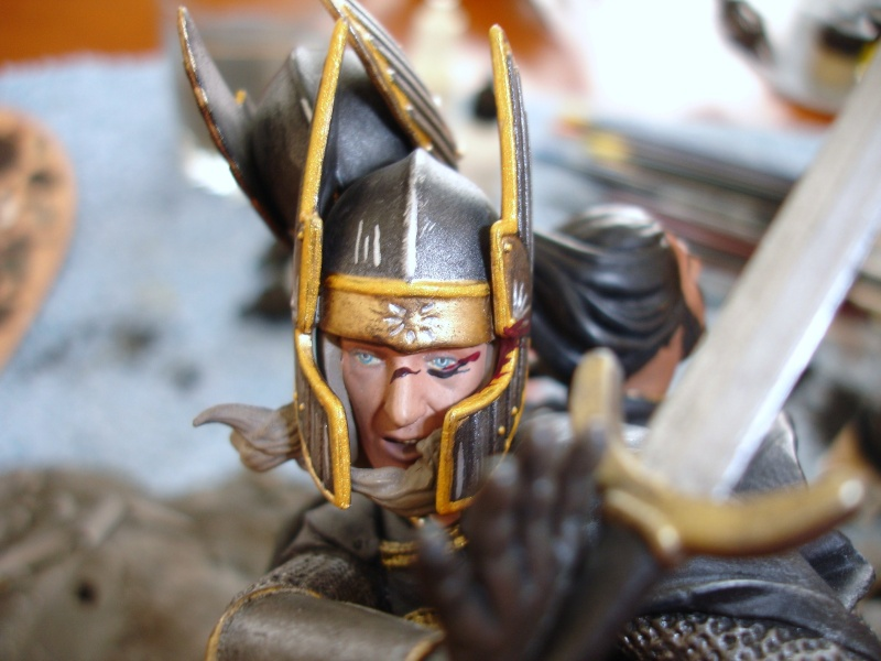 CUSTOM d'un diorama , Sauron VS the numenorean army  de chez sideshow. Dsc01149