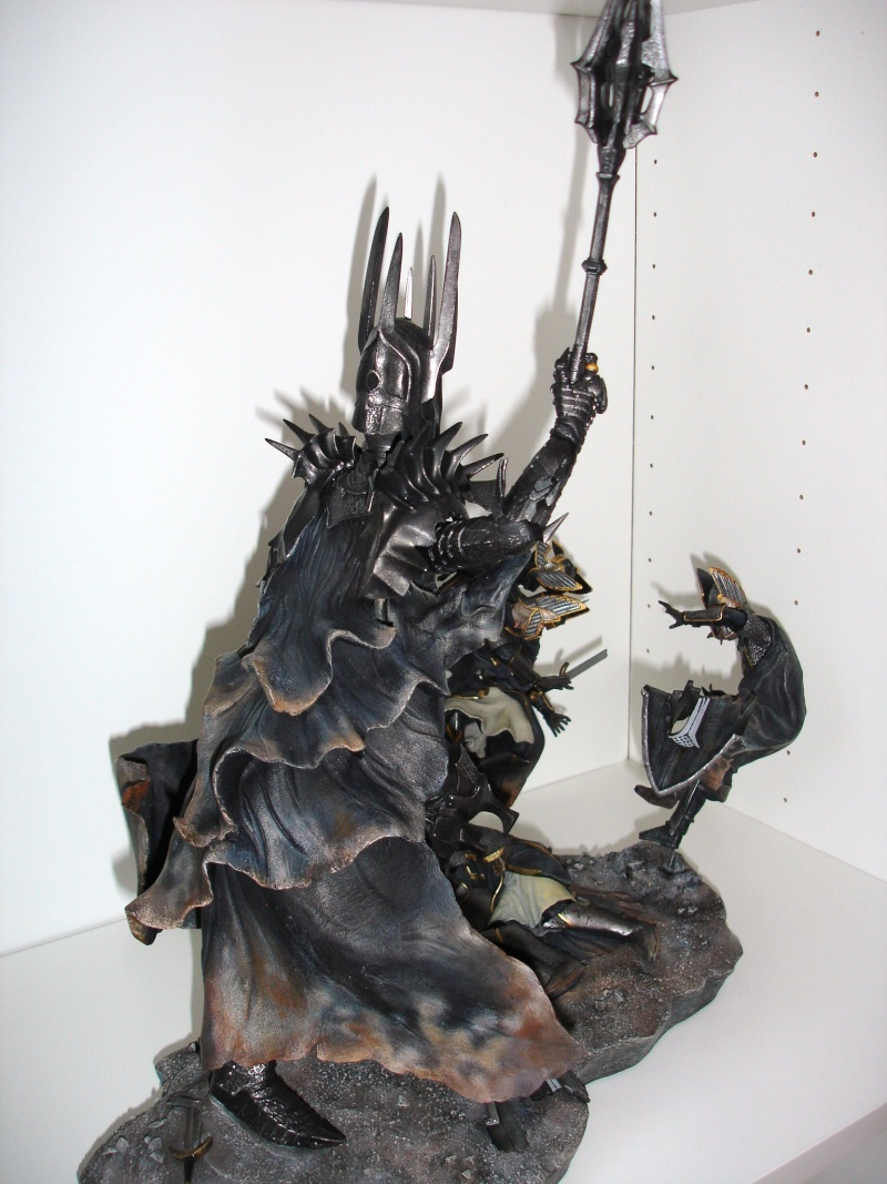 CUSTOM d'un diorama , Sauron VS the numenorean army  de chez sideshow. Dsc01213