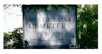Cementerio de Mystic Falls~