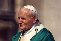 Les plus belles images de Jean-Paul II sur YouTube et Facebook ! 1_0_4611