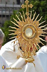 Dix conseils pratiques pour l'adoration du Très Saint Sacrement ! Saint-11