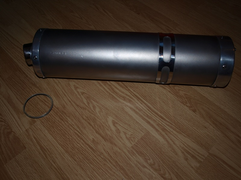 Pot échappement d'origine CBR 954 P1010910