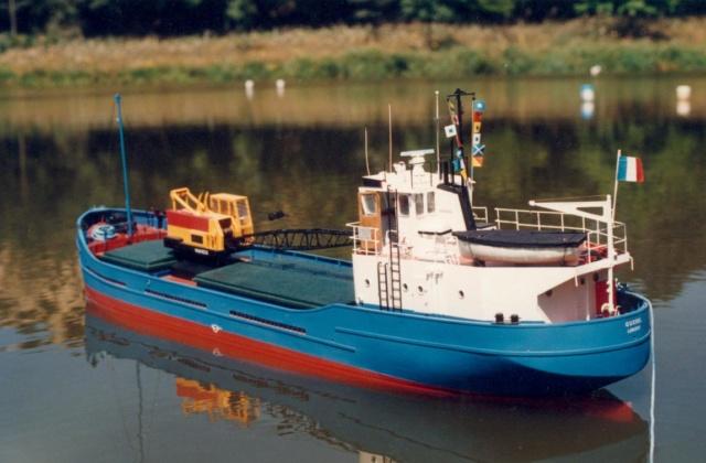 Le caboteur GUEDEL EX Charles A. Autos_22