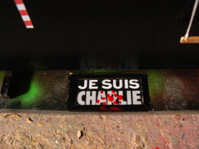 L'automoteur CHARLIE ( péniche ) P1200710