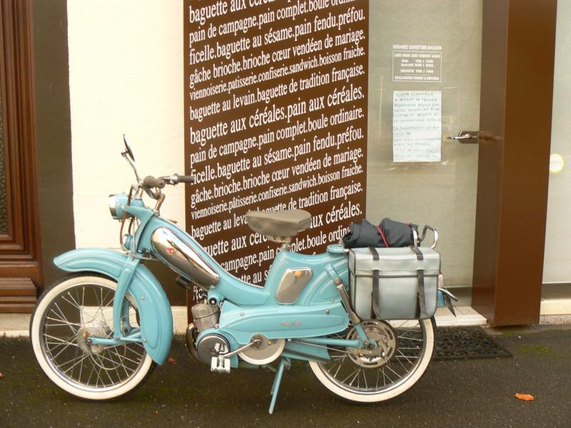Salon moto légende à Dijon (Francia) P1250626