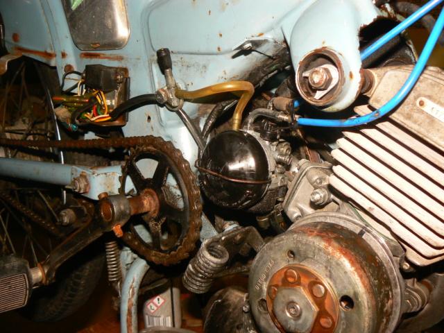Mobylette AV 881 (moteur AV 10) P1260740