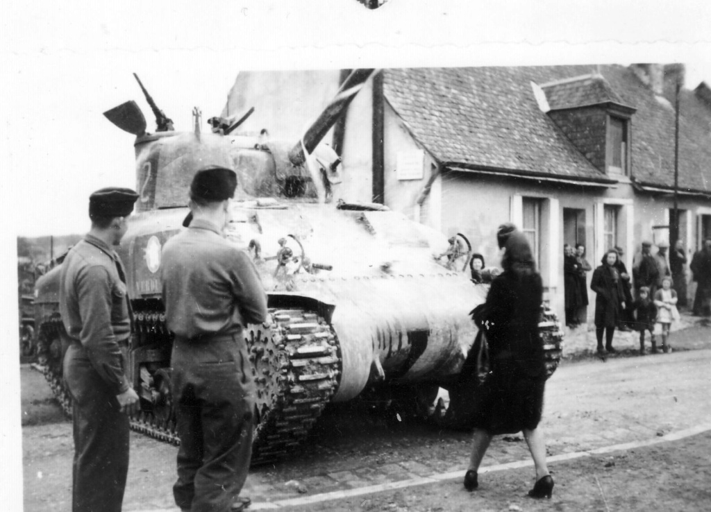 Où ont été prises ces photos de M4A1 du 12ème Cuirs? 2edb_112