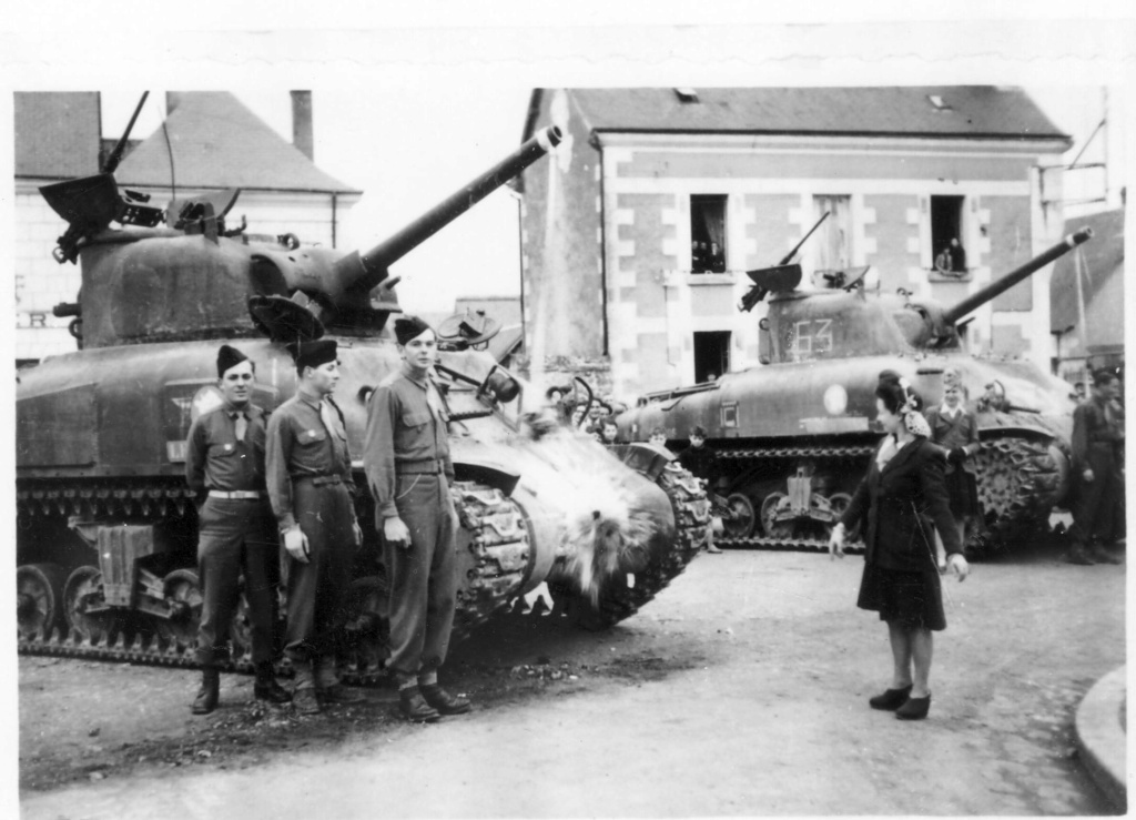Où ont été prises ces photos de M4A1 du 12ème Cuirs? 2edb_115