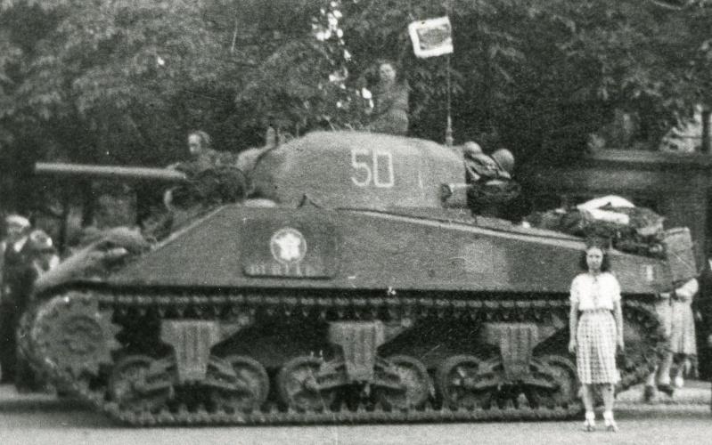 Les Shermans français pendant la 2ème guerre mondiale Durtal10