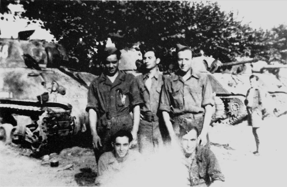 Les Shermans français pendant la 2ème guerre mondiale Saint_10