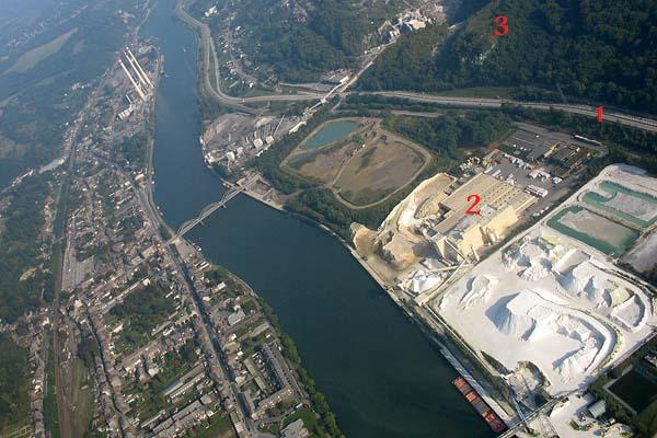 2011: le 12/02 Ovni triangulaire près de Liège (Belgique) - Page 5 Dyn00511