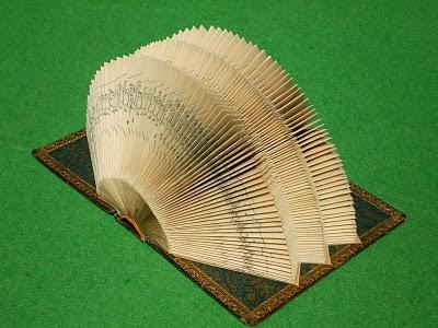 [Art] Livres objets-Livres d'artistes - Page 3 P5020110