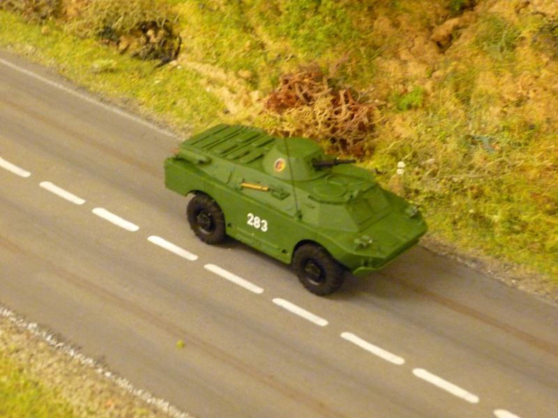 Modelle von Fahrzeugen der ehemaligen NVa P1010310