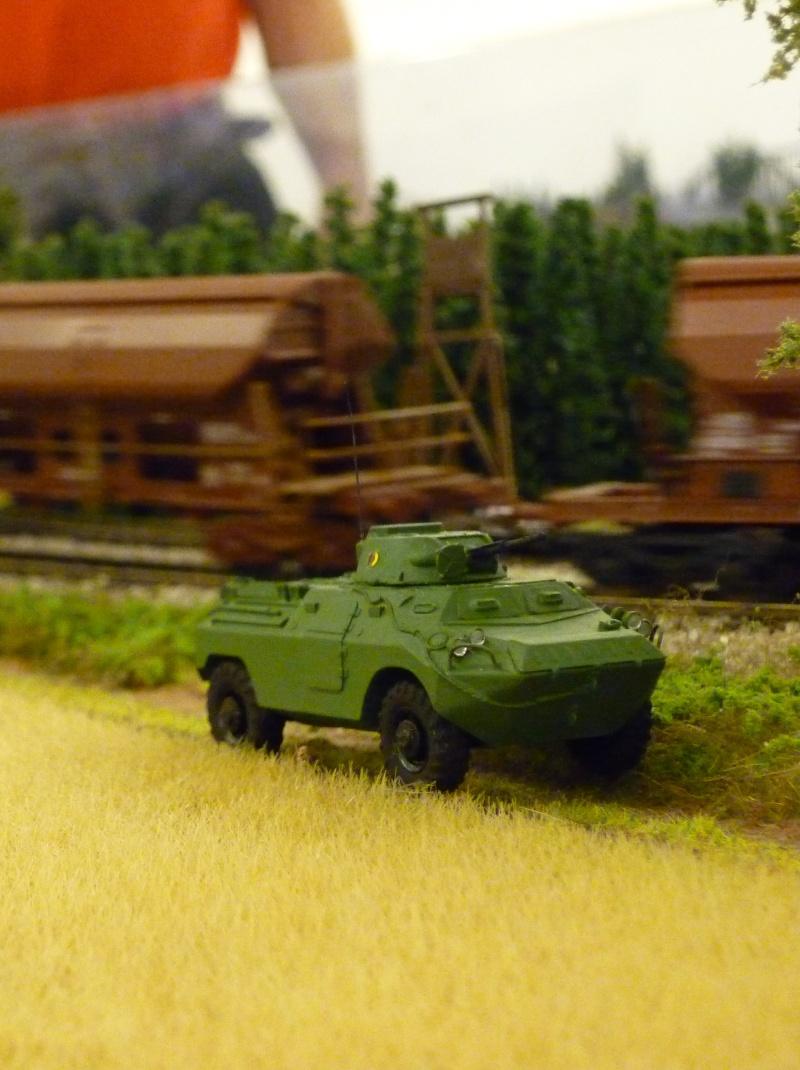 Modelle von Fahrzeugen der ehemaligen NVa P1010412