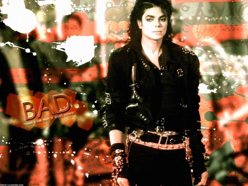 Nuove foto: Michael mangia nei backstage Wall1210