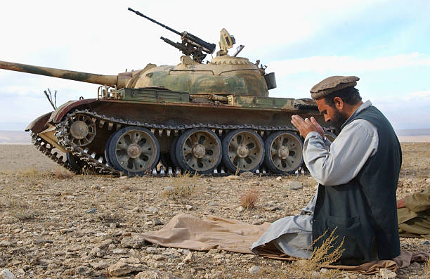 Kit/Loadout Taliban / Pashtun / CIA CAG / Insurgente 67724911
