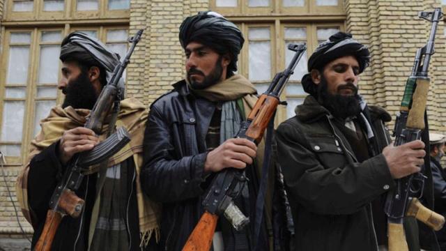 Kit/Loadout Taliban / Pashtun / CIA CAG / Insurgente Taliba13