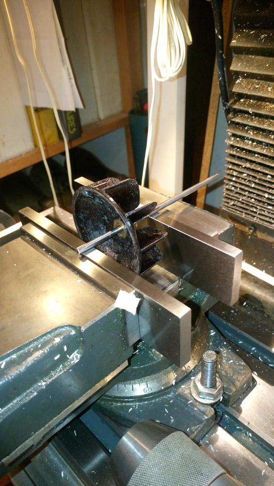 Recherche fabrication de rotor de sèche-cheveux - Merci aux Métabricoleurx Dsc_1214