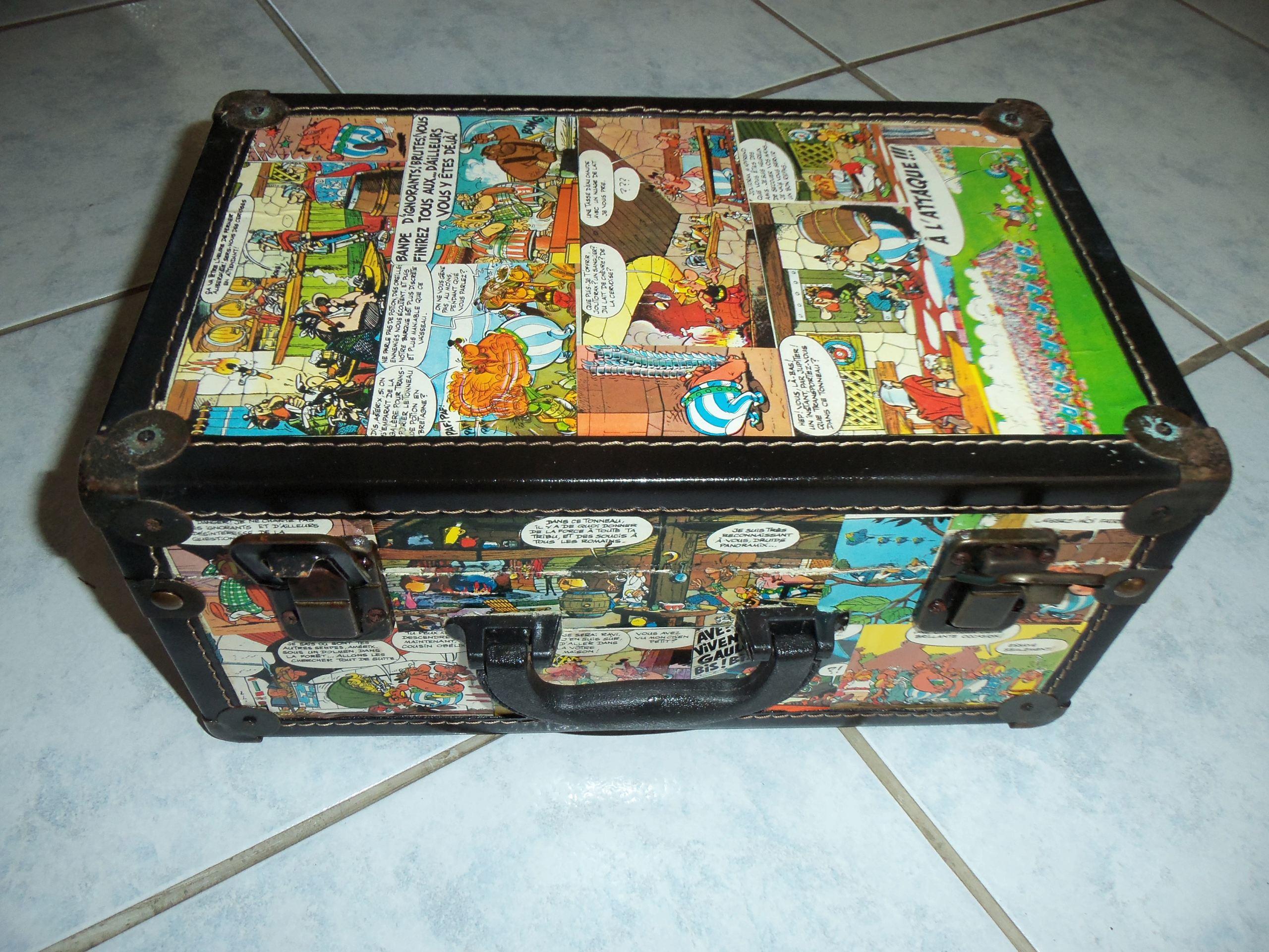 valise asterix et obelix Asteri13