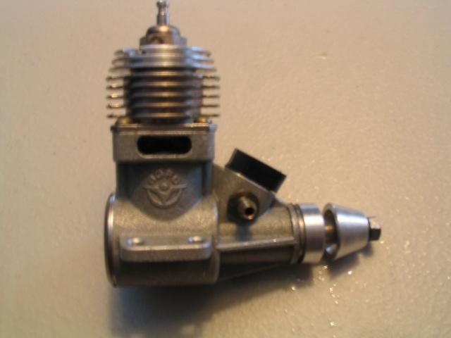 fine thread needle on Norvel's and similar engines 100_0013