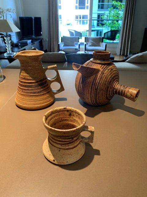 x3 Stoneware pots Imagdd10