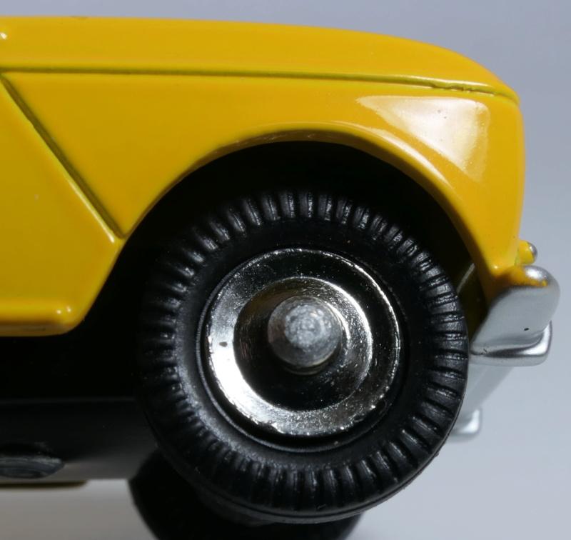 dinky ATLAS Renault 4L Renaul17