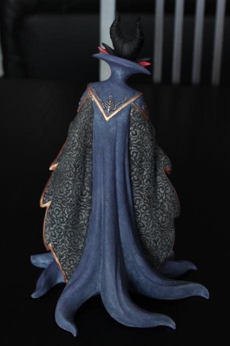 Disney Haute Couture - Enesco (depuis 2013) - Page 20 Img_1919