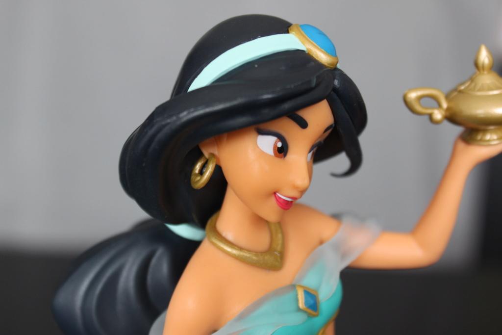 Aladdin - Page 23 Jasmin15
