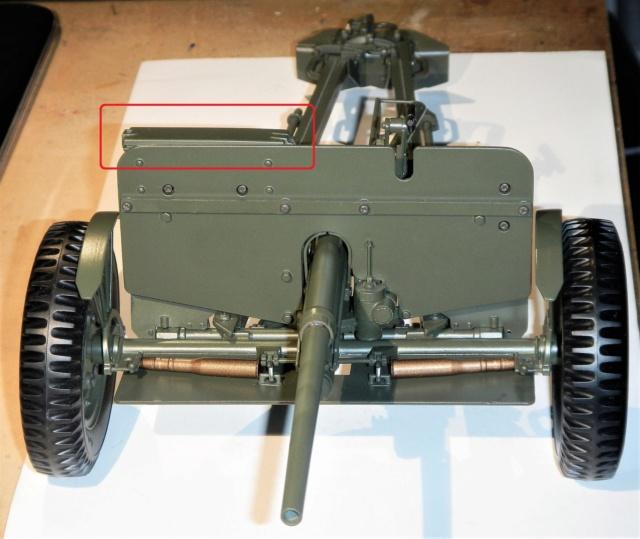 Jeep Willys - 1/8ème - Ed. Hachette - Construction par Glénans (Partie 2) - Page 28 Dscn1206