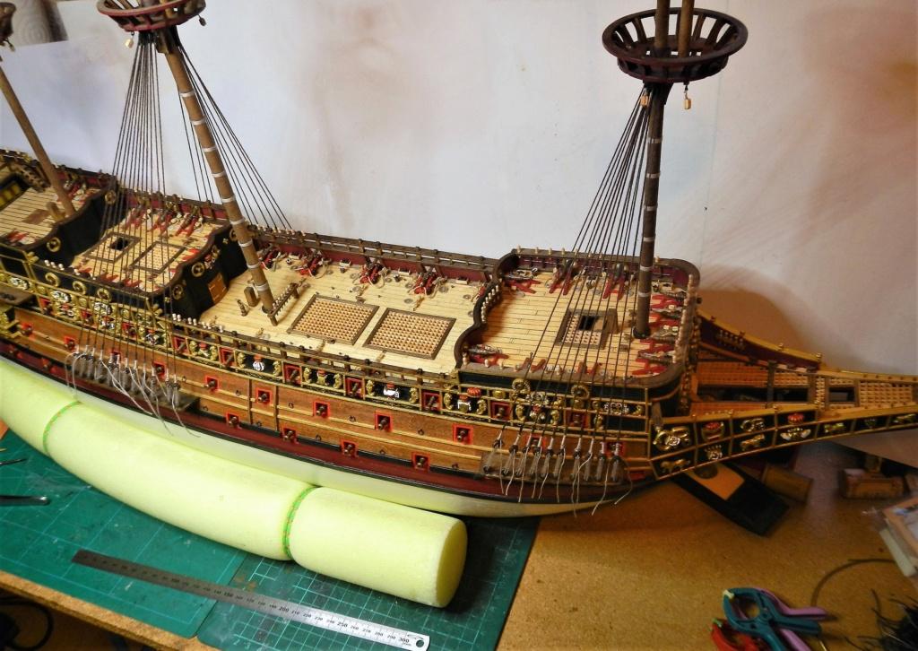 """Construction du """"Sovereign of the Seas"""" au 1/84 par Glénans - Partie II - Page 43 Dscn1831"""