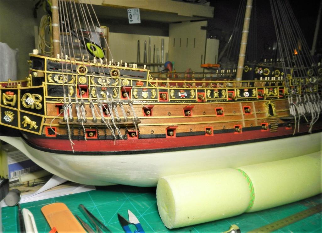 """Construction du """"Sovereign of the Seas"""" au 1/84 par Glénans - Partie II - Page 43 Dscn1833"""