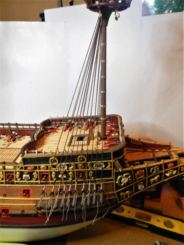 """Construction du """"Sovereign of the Seas"""" au 1/84 par Glénans - Partie II - Page 43 Dscn1835"""