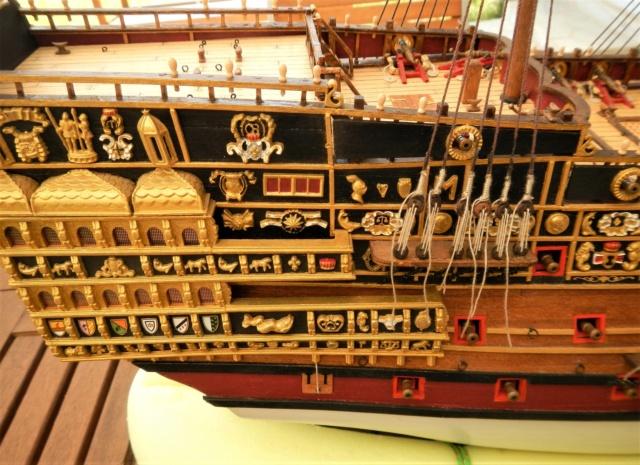 """Construction du """"Sovereign of the Seas"""" au 1/84 par Glénans - Partie III - Page 3 Dscn1878"""
