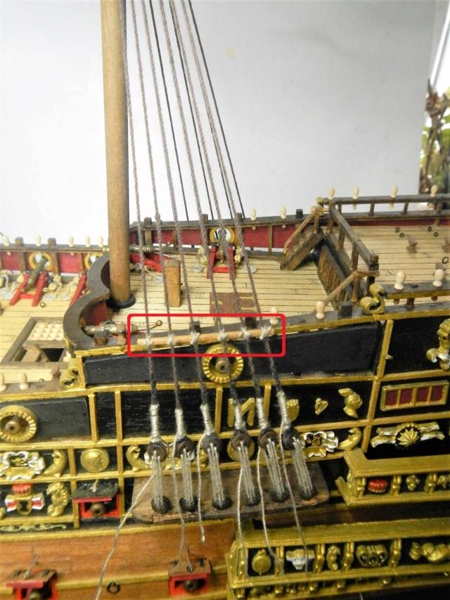 """Construction du """"Sovereign of the Seas"""" au 1/84 par Glénans - Partie III - Page 4 Dscn2037"""