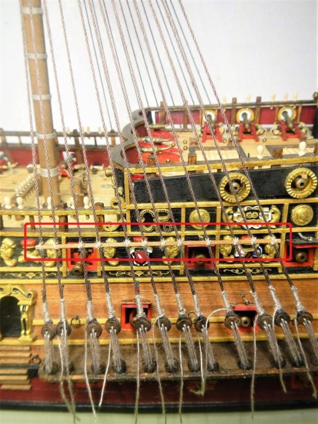 """Construction du """"Sovereign of the Seas"""" au 1/84 par Glénans - Partie III - Page 4 Dscn2038"""