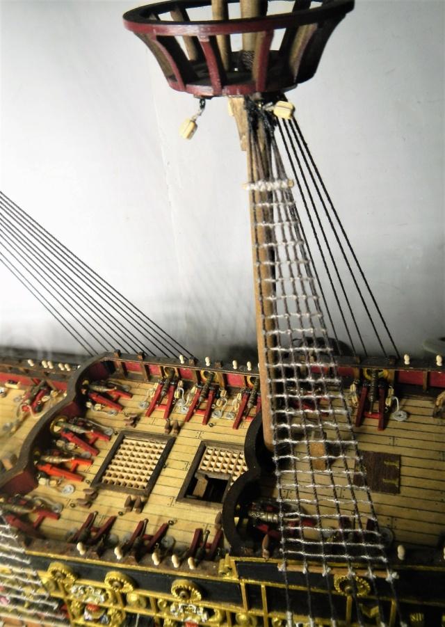 """Construction du """"Sovereign of the Seas"""" au 1/84 par Glénans - Partie III - Page 5 Dscn2062"""