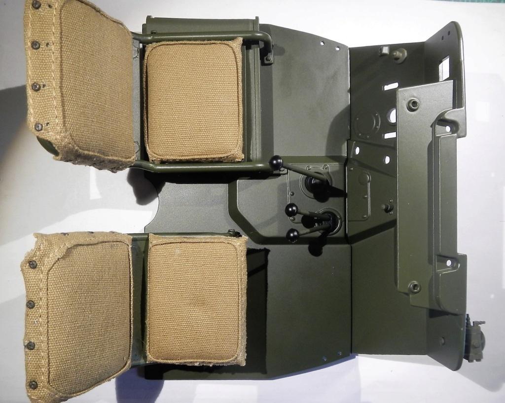 """101/ """"Jeep Willys MB"""" et sa remorque au 1/8, proposée par les Ed. Hachette, montée par Glénans (Partie 2). Dscn8210"""
