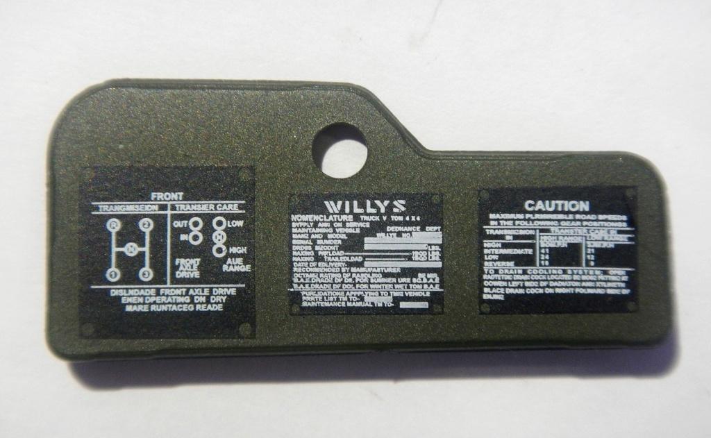 """101/ """"Jeep Willys MB"""" et sa remorque au 1/8, proposée par les Ed. Hachette, montée par Glénans (Partie 2). Dscn8313"""