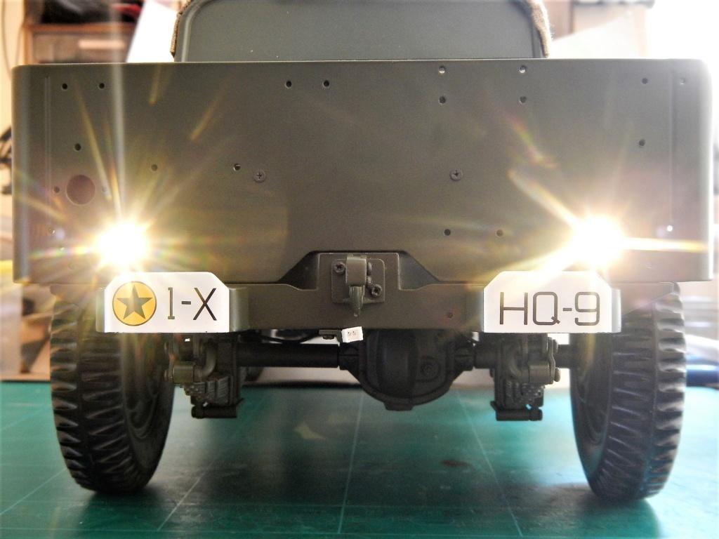 """101/ """"Jeep Willys MB"""" et sa remorque au 1/8, proposée par les Ed. Hachette, montée par Glénans (Partie 2). Dscn8865"""